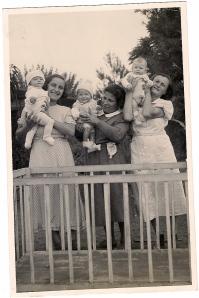 שלושת התינוקות שנפטרו- אורה, דני ודודscan0002